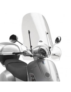 Parabrisas alto Piaggio Vespa GTS 125 2008-2020 Givi 104A